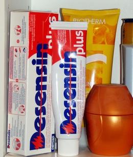 Desensin Zahnpasta und Repair Gel Book Cover